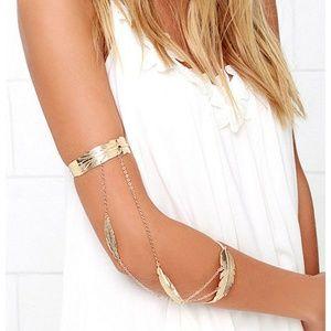 Jewelry - Gold Leaf Arm Cuff